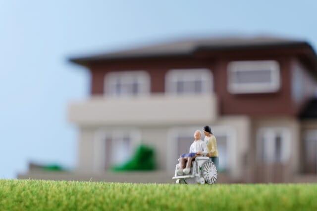 成年後見人を立てない相続で不動産を他の相続人に移転できる